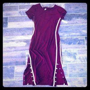 No Boundaries snap side burgundy stretchy dress L